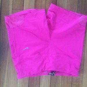 "Nike Women's epic lux tight fit run shorts 5"" pink"